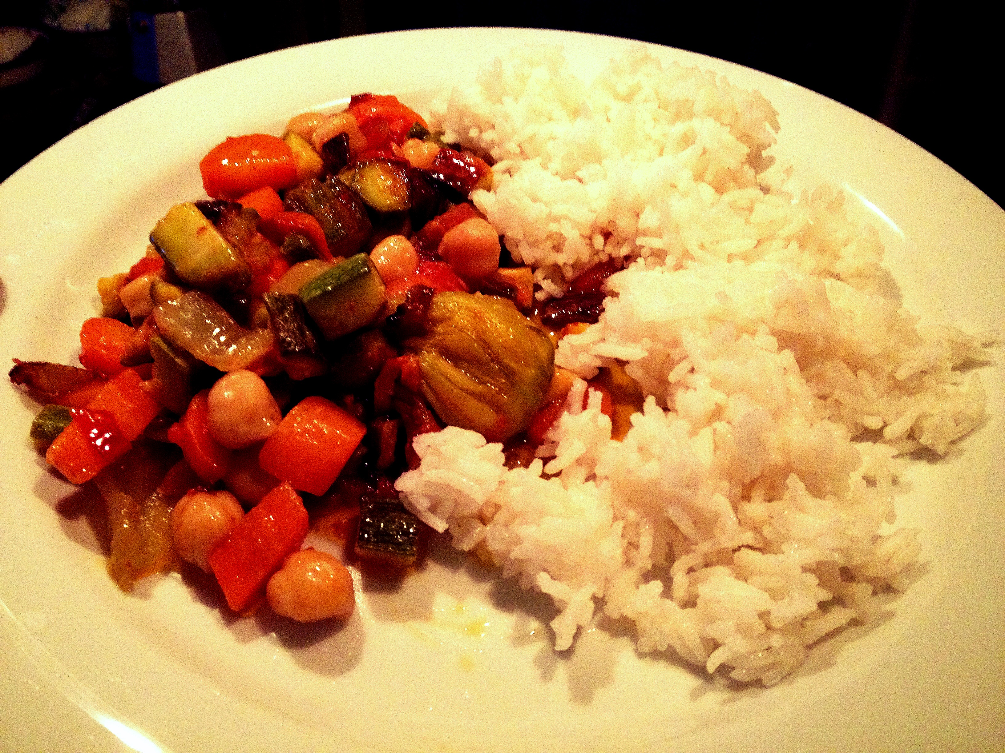 Rice, veggies and chickpeas